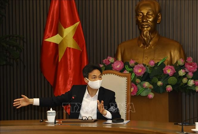 越南新冠肺炎疫情防控指导委员会会议在河内举行 - ảnh 1