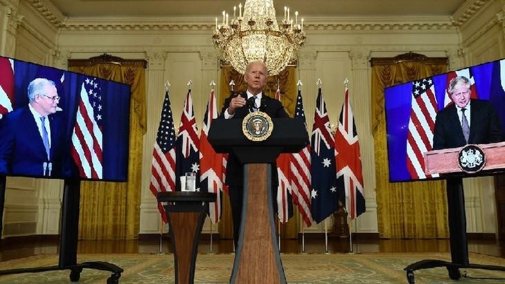 美国、英国、澳大利亚在印太地区建立三方安全伙伴关系 - ảnh 1