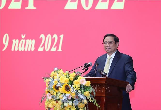越南政府总理范明政:国防学院要以学校为基础,教师为动力,学生为中心 - ảnh 1