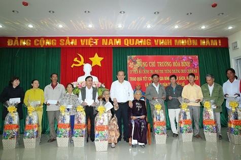 Vizepremierminister Truong Hoa Binh besucht NinhThuan - ảnh 1