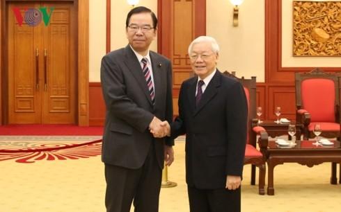KPV-Generalsekretär, Staatspräsident Nguyen Phu Trong empfängt Delegation der KPJ - ảnh 1
