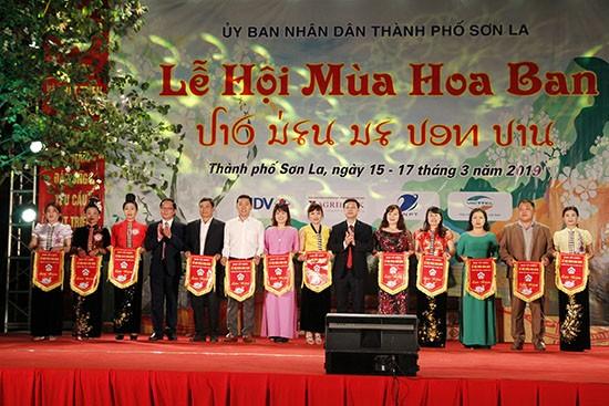 Bauhinien-Festival in Nordwesten Vietnams - ảnh 1