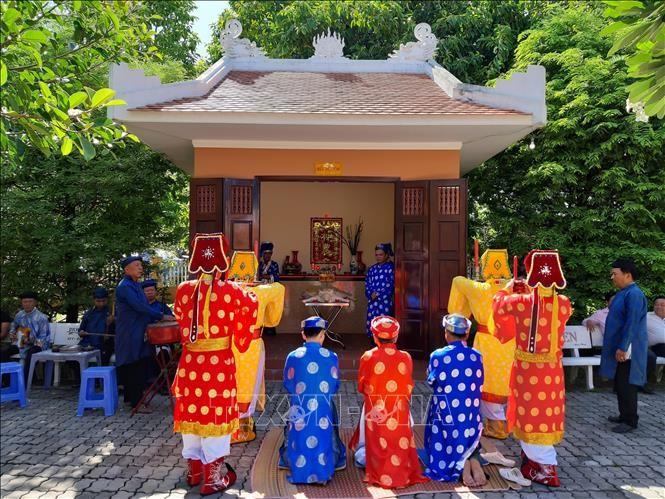 "Festival ""Kỳ yên Hạ điền"" im ältesten Gemeinschaftshaus in Can Tho - ảnh 1"