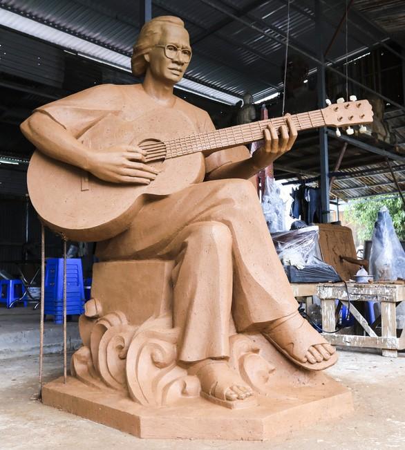 Vorschlag für Bau eines Denkmals von Trinh Cong Son an der Küste in Quy Nhon - ảnh 1