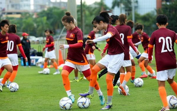 Die vietnamesische Frauenfußballmannschaft der U19 nimmt an der Finalrunde der Asienmeisterschaft in Thailand teil - ảnh 1