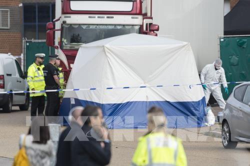 Premierminister Nguyen Xuan Phuc: 39 Tote im Container in Großbritannien sollen aufgeklärt werden - ảnh 1