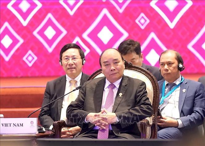 Medien legt großen Wert auf ASEAN-Präsidentenschaft Vietnams 2020 - ảnh 1