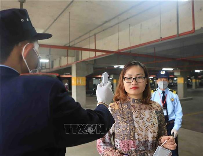 Vinh Phuc verstärkt Prävention und Bekämpfung des COVID-19  - ảnh 1