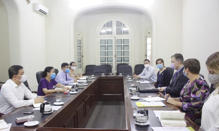 Effiziente Zusammenarbeit zwischen Vietnam und den USA bei Bekämpfung der COVID-19-Pandemie  - ảnh 1