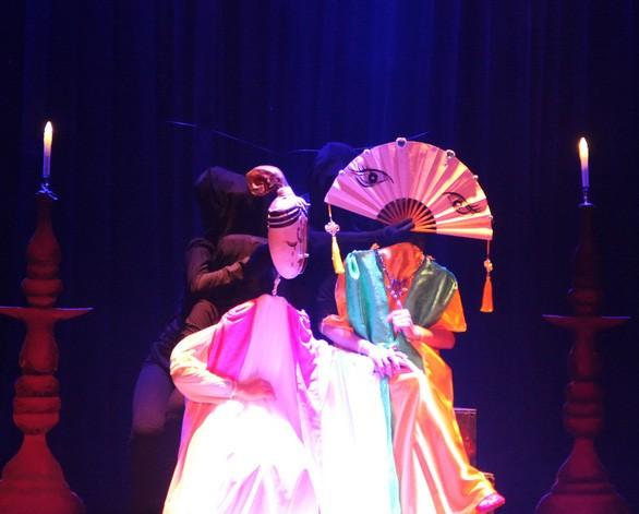 Marionettenstück 'Schicksal des Mädchens Kieu' in Hanois Opernhaus  - ảnh 1