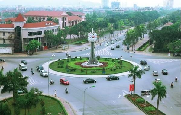 Die zentralvietnamesische Stadt Vinh soll zu einem Zentrum der Wirtschaft und Kultur in Nordzentral Vietnams werden - ảnh 1
