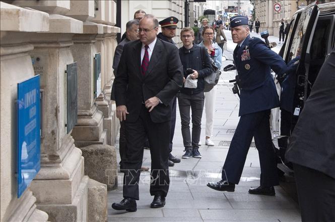 Russland und die USA beginnen Verhandlungen über Waffenkontrolle - ảnh 1