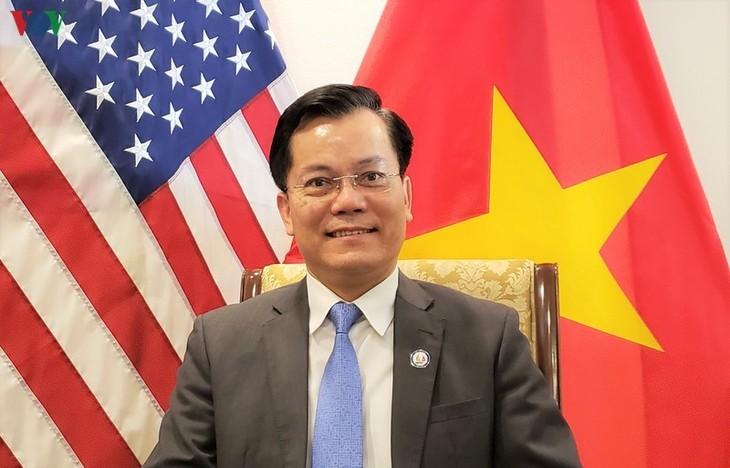 Vietnamesische Botschaft in den USA wahrt Rechte der vietnamesischen Studenten in den USA - ảnh 1