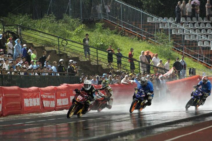 Kein Motorradrennen zum 2. September - ảnh 1