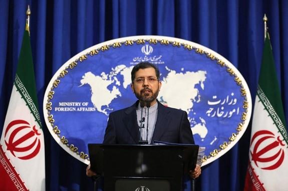 Iran betont, dass die USA zur Rettung der Atomvereinbarung, die Strafmaßnahmen gegen Iran aufheben müssen - ảnh 1