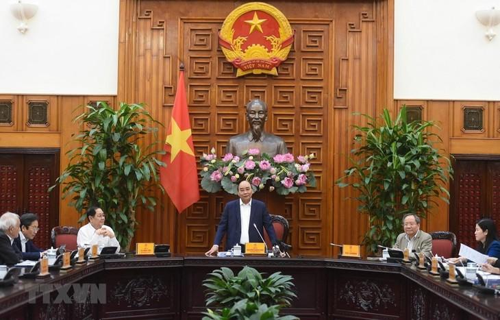 Premierminister Nguyen Xuan Phuc leitet Sitzung über Verfassung der Geschichte der Regierung - ảnh 1
