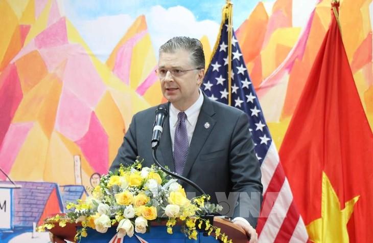 US-Präsident schlägt US-Botschafter in Vietnam zum Assistenten des US-Außenministers für Ostasien vor - ảnh 1