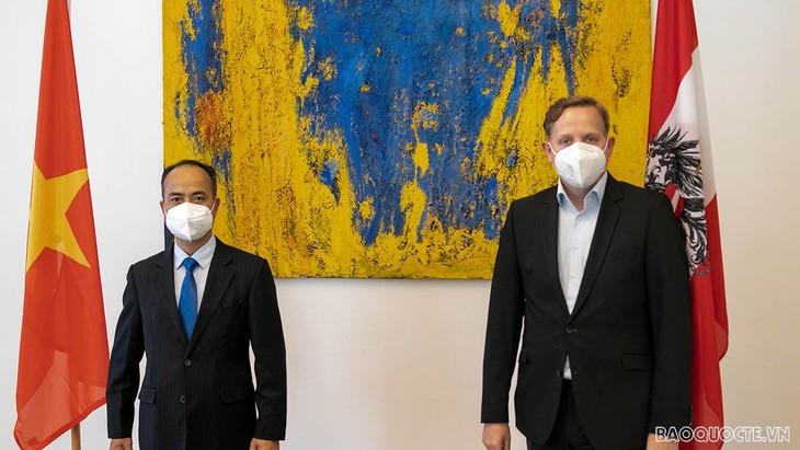 Österreich unterstützt Vietnam bei rechtzeitiger Ratifizierung von EVIPA zwischen Vietnam und der EU - ảnh 1