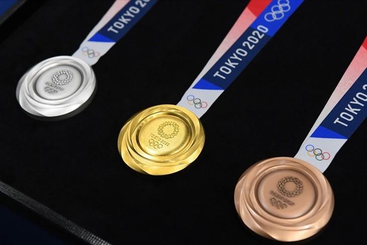 China führt vorläufig Tabelle der Medaillen bei Olympiade Tokio 2020 an - ảnh 1