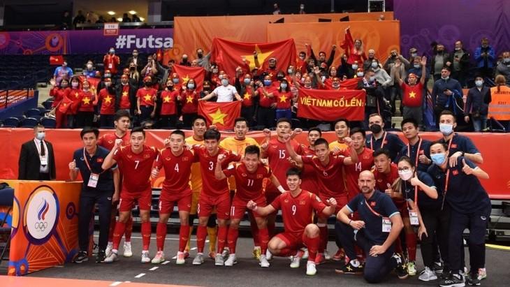 AFC: Vietnamesische Futsalmannschaft verliert knapp gegen russische Mannschaft - ảnh 1