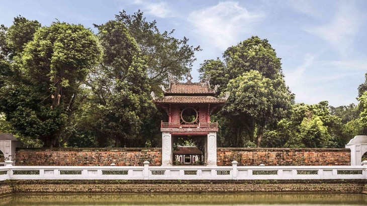 Literaturtempel in Hanoi verstärkt Verbindung junger Menschen mit Erbe-Räumen - ảnh 1