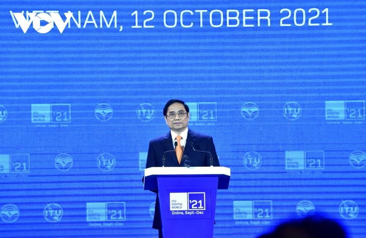 Premierminister Pham Minh Chinh spricht von Begünstigungen Vietnams bei Zusammenarbeit mit digitaler Welt - ảnh 1