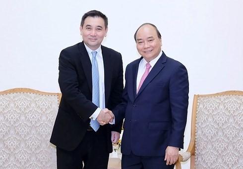 Nguyen Xuan Phuc 총리; 태국 Gulf Energy 설립자 접견 - ảnh 1