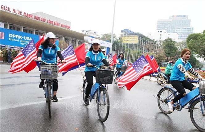 Prensa japonesa destaca rol de Vietnam en segunda cumbre Estados Unidos-Corea del Norte - ảnh 1