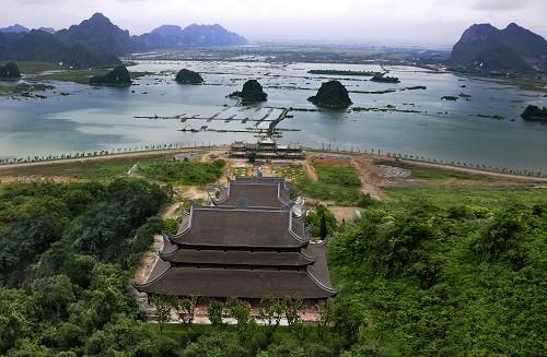 Complejo budista de Tam Chuc, un sitio espiritual esencial - ảnh 1