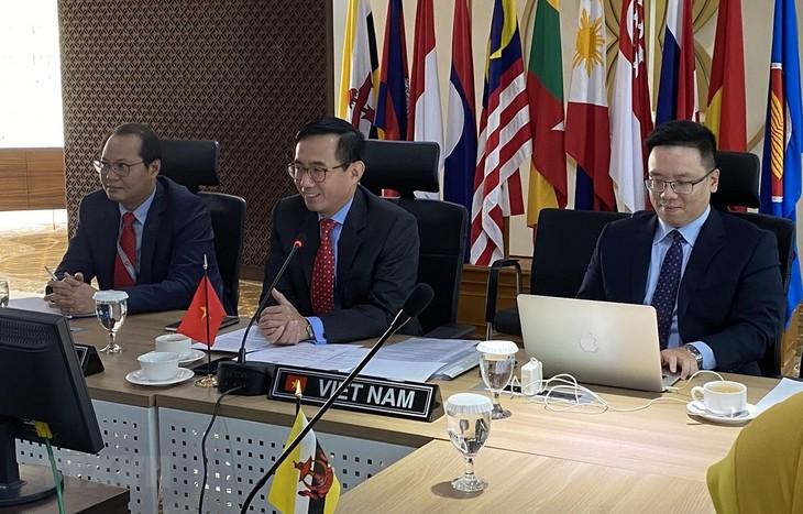 Vietnam preside reunión del Comité Coordinador de Conectividad de Asean - ảnh 1