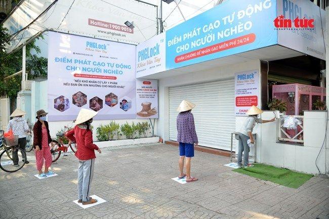 Entidades internacionales piden tomar el modelo antiepidémico de Vietnam como ejemplo - ảnh 1