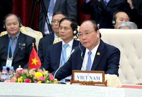Premier vietnamita participará en Cumbre de Cooperación Mekong-Lancang - ảnh 1