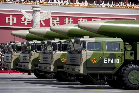 Estados Unidos critica las pruebas de misiles de China en el Mar Oriental - ảnh 1