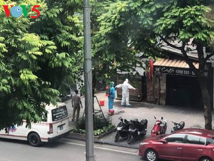 Número total de contagios de covid-19 en Vietnam se eleva a mil 38 - ảnh 1