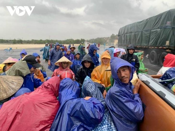 Donación de la UE para ayudar a Vietnam a superar las consecuencias de los desastres naturales - ảnh 1