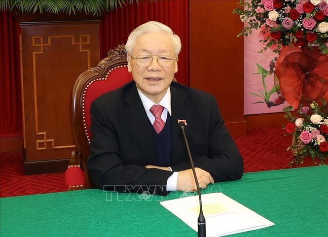 Primer ministro camboyano realiza conversación telefónica con el máximo líder vietnamita - ảnh 1