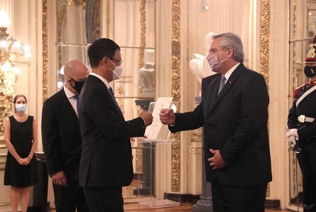 Vietnam es uno de los socios importantes de Argentina en Asia-Pacífico, dice presidente argentino - ảnh 1