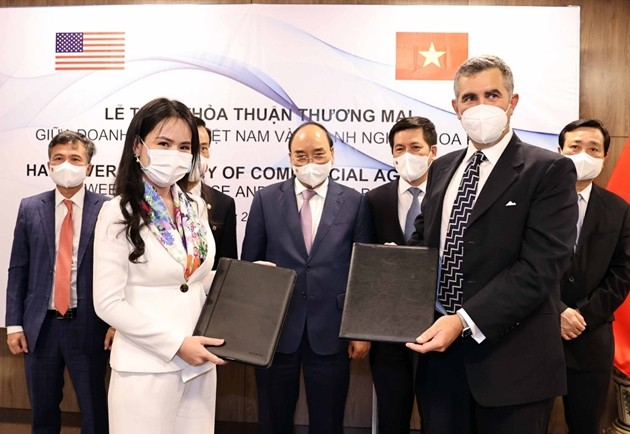 Vietnam y Estados Unidos firman memorando de entendimiento sobre cooperación en energías renovables - ảnh 1