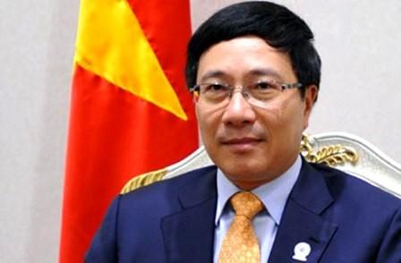 Canciller vietnamita confía en desarrollo de relaciones Vietnam- Kazajstán - ảnh 1