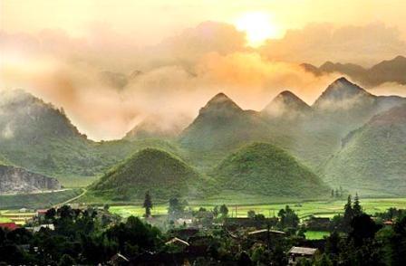 Ha Giang fomenta turismo vinculado a tarea crucial - ảnh 3