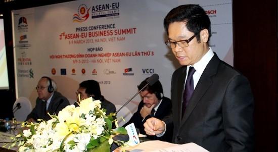 ASEAN y Unión Europea promueven cooperación empresarial bilateral - ảnh 1