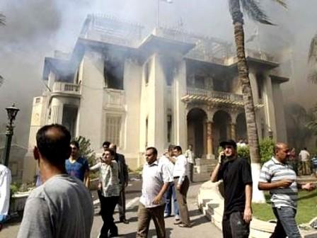 Islamistas egipcios convocan a nuevas manifestaciones - ảnh 1