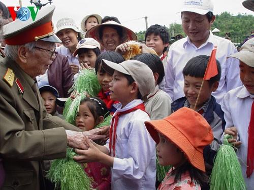 General Vo Nguyen Giap en la corriente histórica de la nación - ảnh 4