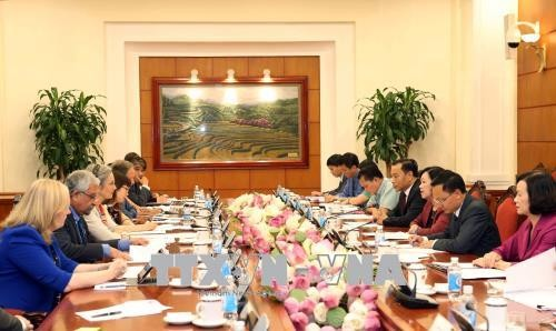 Vietnam makes great efforts in implementing gender equality targets - ảnh 1