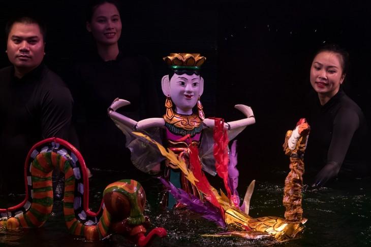 전통 수상인형극 종사자들의 이야기 - ảnh 1