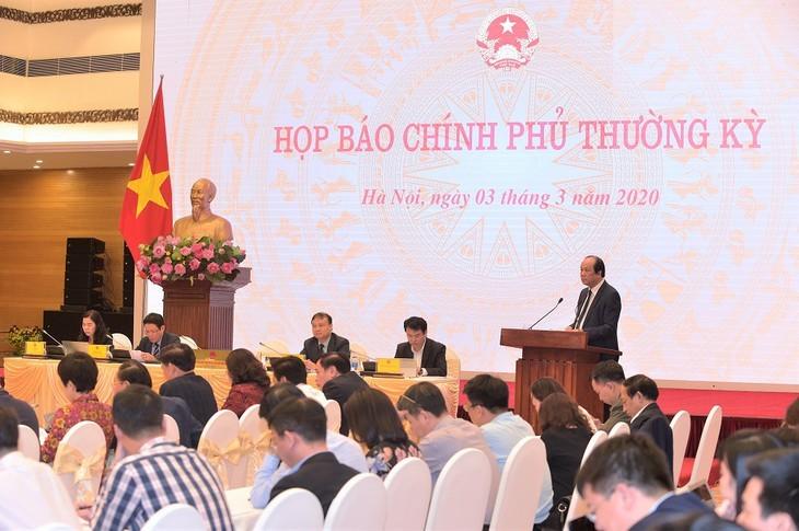 베트남 경제사회, 코로나 19 전염병 배경 속에서도 밝은 측면 유지 - ảnh 1