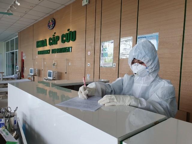 베트남, 코로나19 확진자 치료를 위한 완치자 항체 치료 실험 - ảnh 1