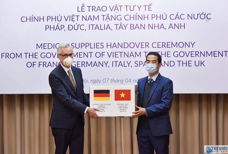 독일 외교부, 베트남 정부와 국민 지원에 찬사 - ảnh 1