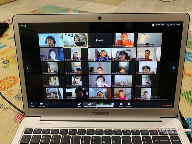 온라인 수업 : 긍정적 초기 결과 달성 - ảnh 1