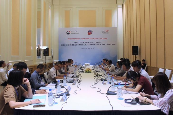 한국 – 베트남 전략적 협력 파트너 관계를 심층적으로 강화 - ảnh 1